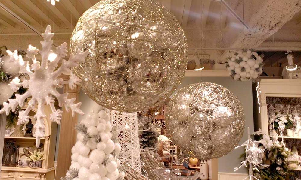 Where to buy christmas decorations online and locally